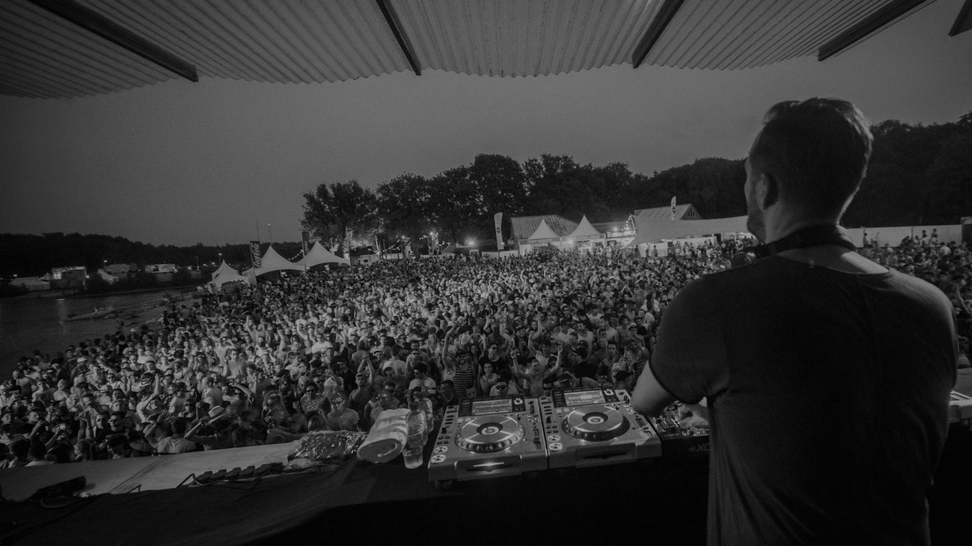 Adam Beyer - Extrema Outdoor 2020